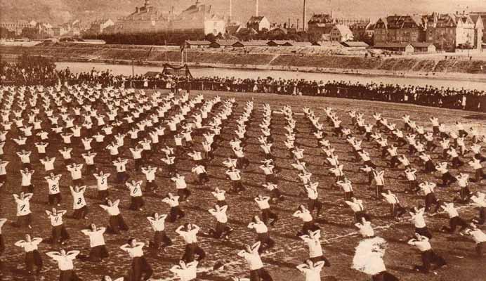 Badisches Kreis-Frauenturnen in Heidelberg, 1925
