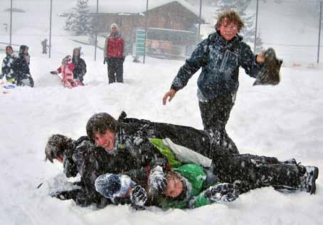 Schneeballschlacht bei der Skifreizeit, Axamer Lizum 2012