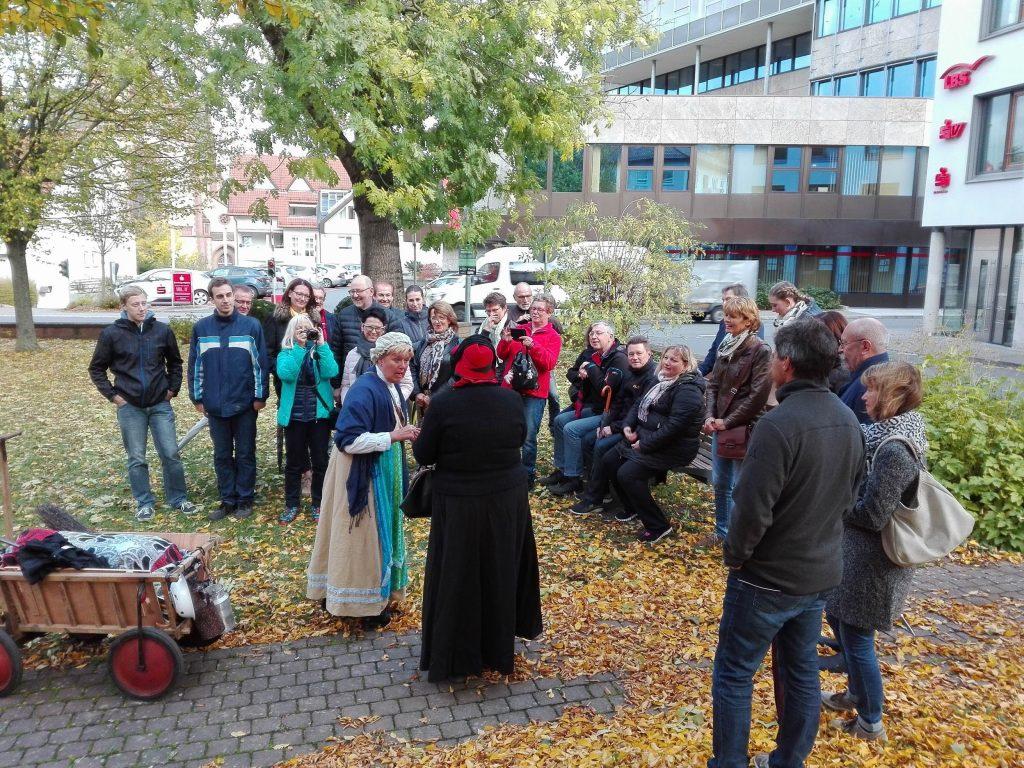 Stadtführung Bischemer Kurzweil mit Marktweib und Bürgersfraa
